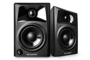 m-audio-av32-angle-left