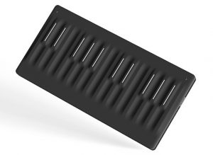 Roli Seaboard Block Angle Right